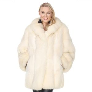 Stunning White Mink Fur Coat